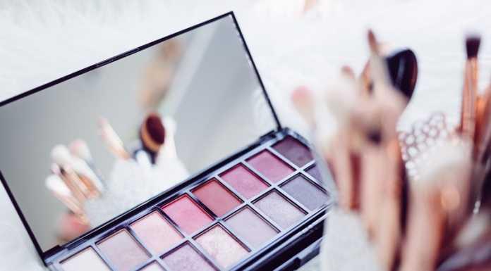 Συμβουλές για γρήγορο μακιγιάζ, προϊόντα που χρειάζεται να χρησιμοποιήσετε.