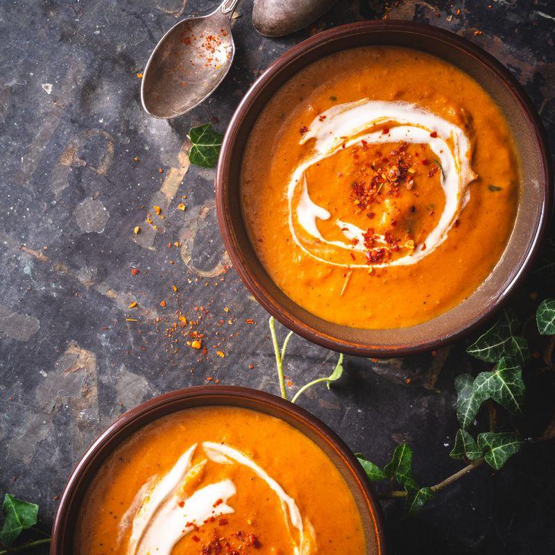 Σούπα Βελουτέ Γλυκοπατάτας με Γιαούρτι και Καπνιστή Πάπρικα