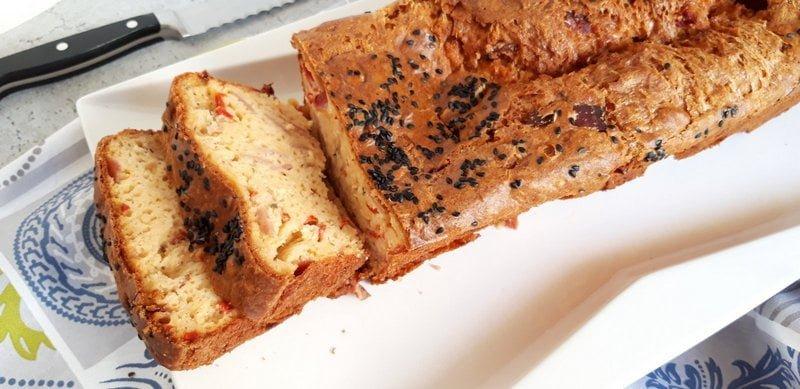 Αλμυρό κέϊκ με πιπεριές Φλωρίνης