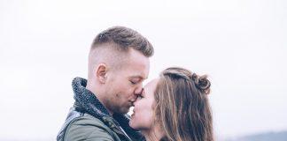 Δείτε με ποιους τρόπους μπορείτε να αναθερμάνετε την σχέση με τον σύντροφό σας.
