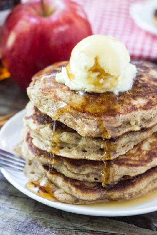 Pancakes Μήλου με Frozen Yogurt