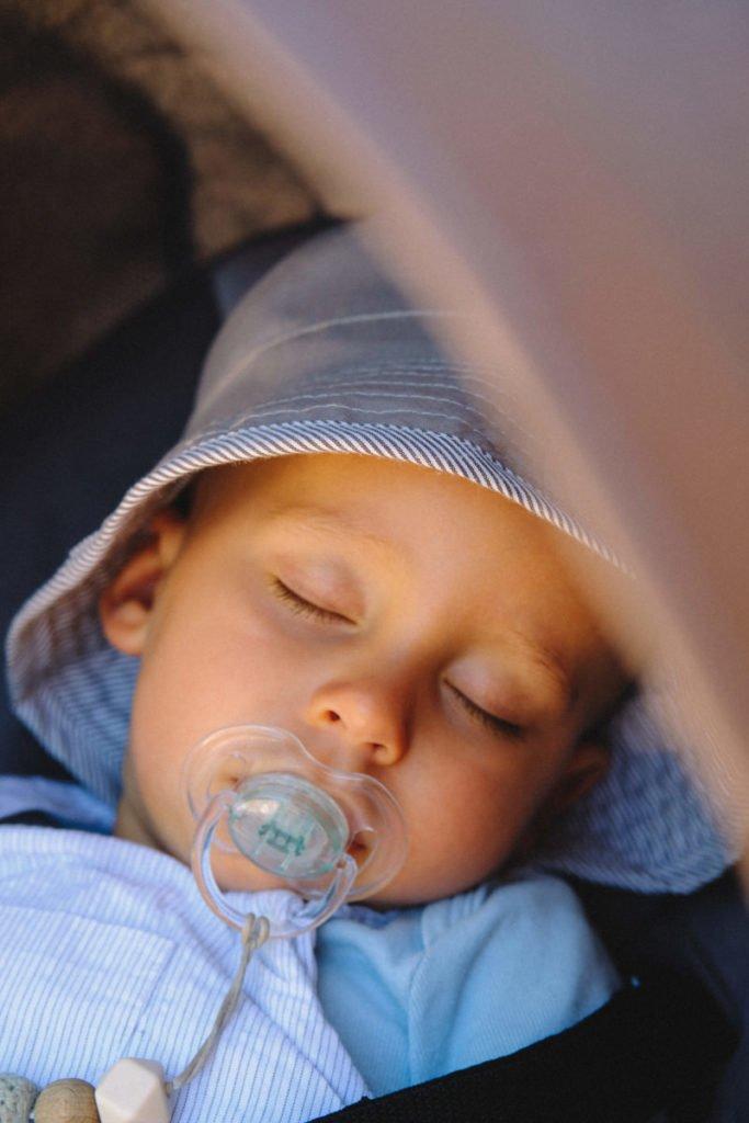 Η σημασία του νυχτερινού ύπνου στην ανάπτυξη της ομιλίας των παιδιών
